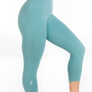 Allainah allure leggings Ptula
